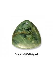 Triangle Pend Canada Jade 40mm