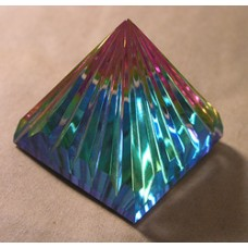 Special Pyramid 30mm Rainbow