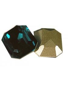 Swar Rect. Stone 18x13mm Emerald F
